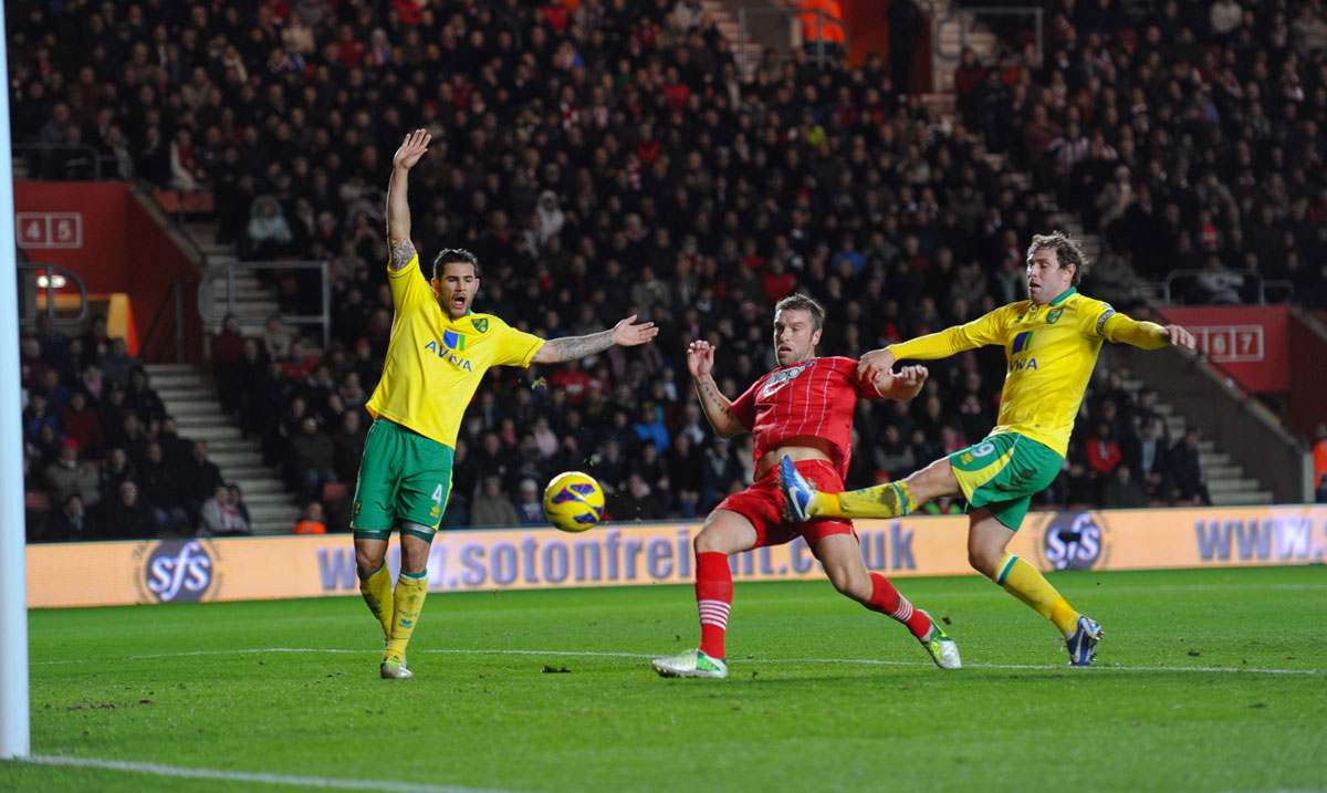 Ricky Lambert scoring against Norwich December 2012